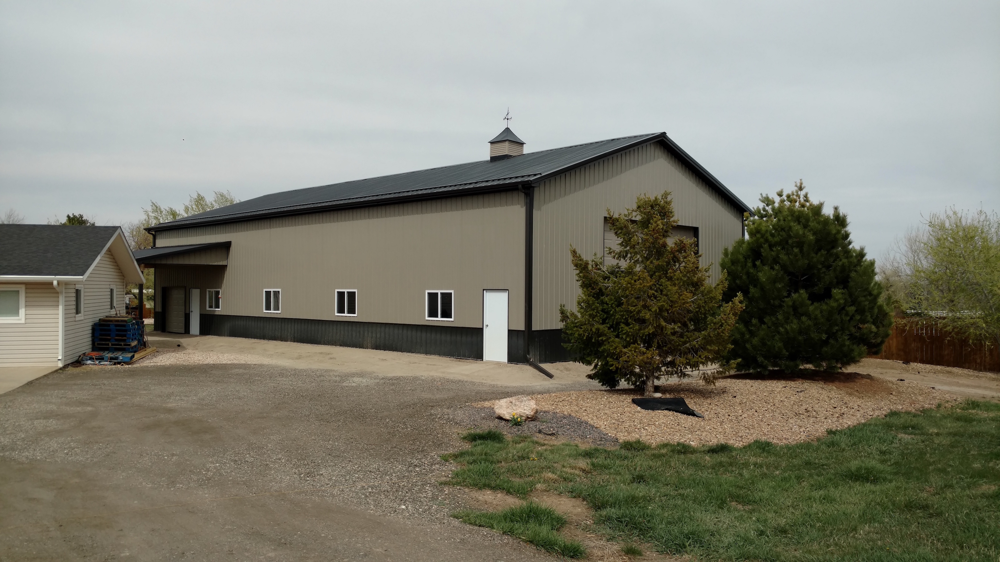 llc structures builders barn deloof beam d home post pole series barns buildings